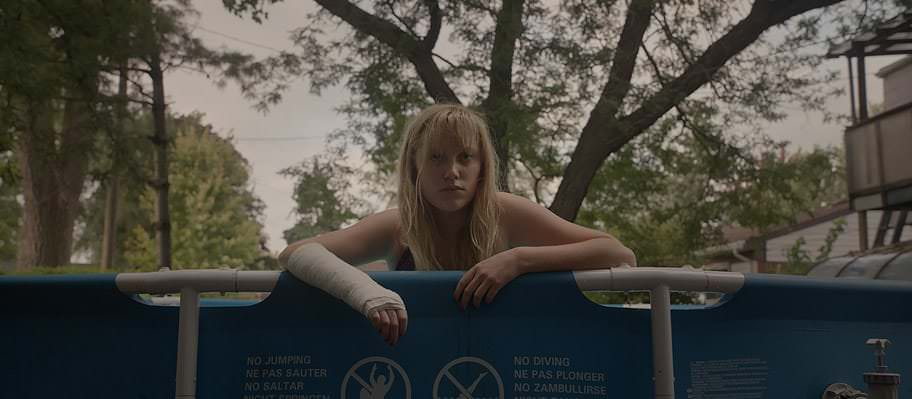 Maika Monroe in 'It Follows'